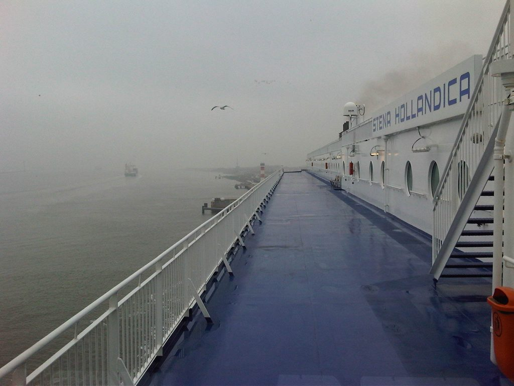 Stena Hollandica in de mist