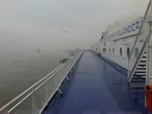 Stena Hollandica in de mist