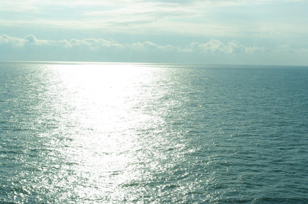'n Glinsterende zee (foto Frank Zanderink)